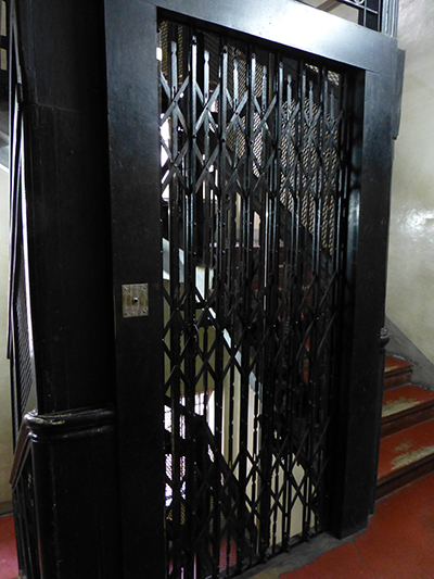 The old style lift in the hotel.