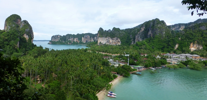A shot of West and East Railay from above.