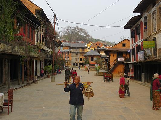 Main bazaar in Bandipur.