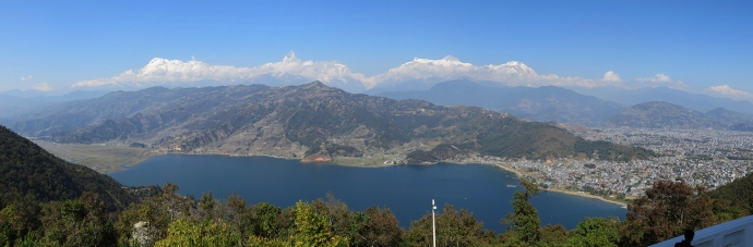 Pewa lake with the annapurnas in the back.